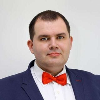 Антон Смолин +89123604735